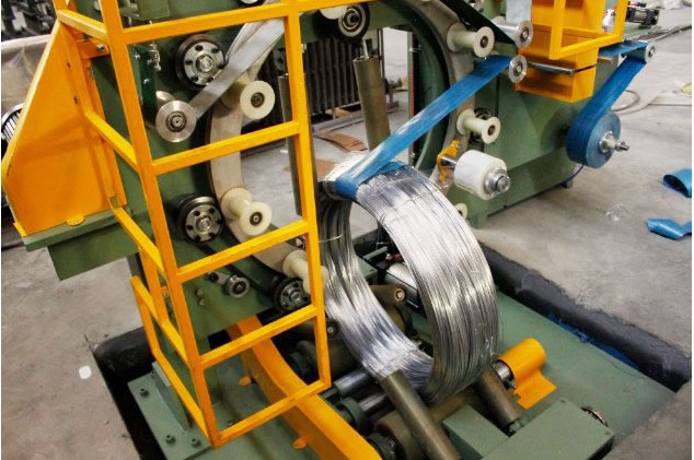 GS300 wire coil wrapping machine